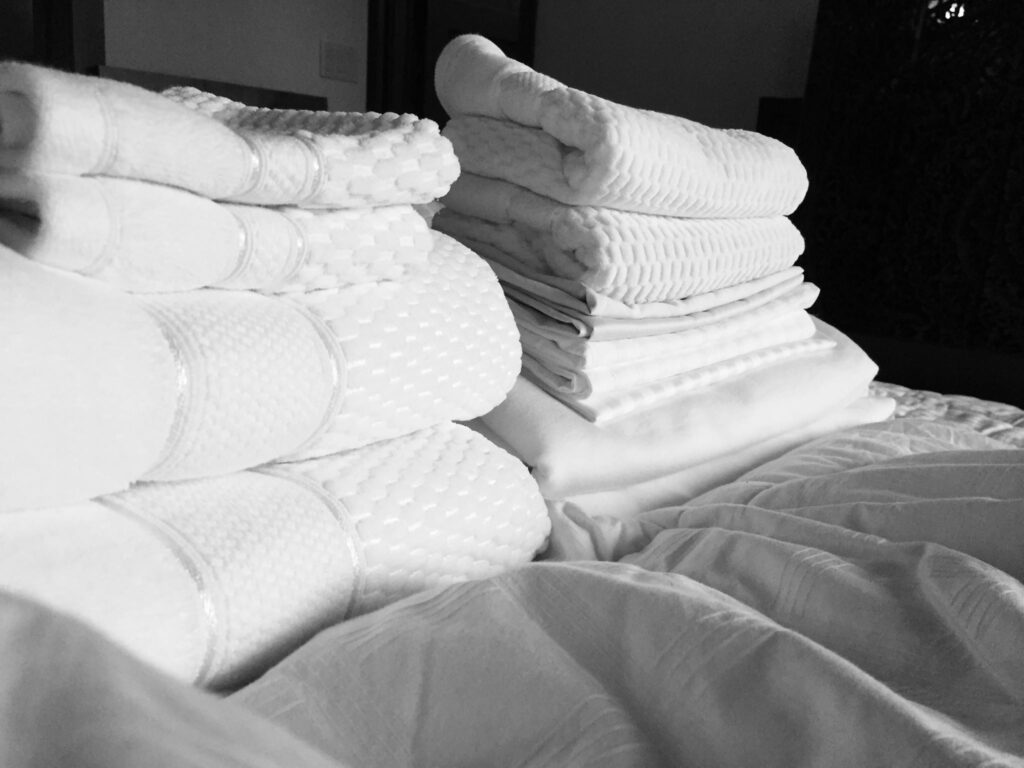 How to clean linens