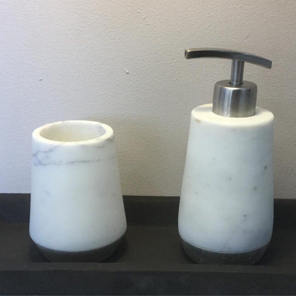 How to make a soap dispenser