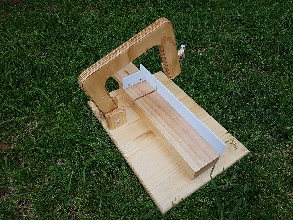 How to make a soap cutter