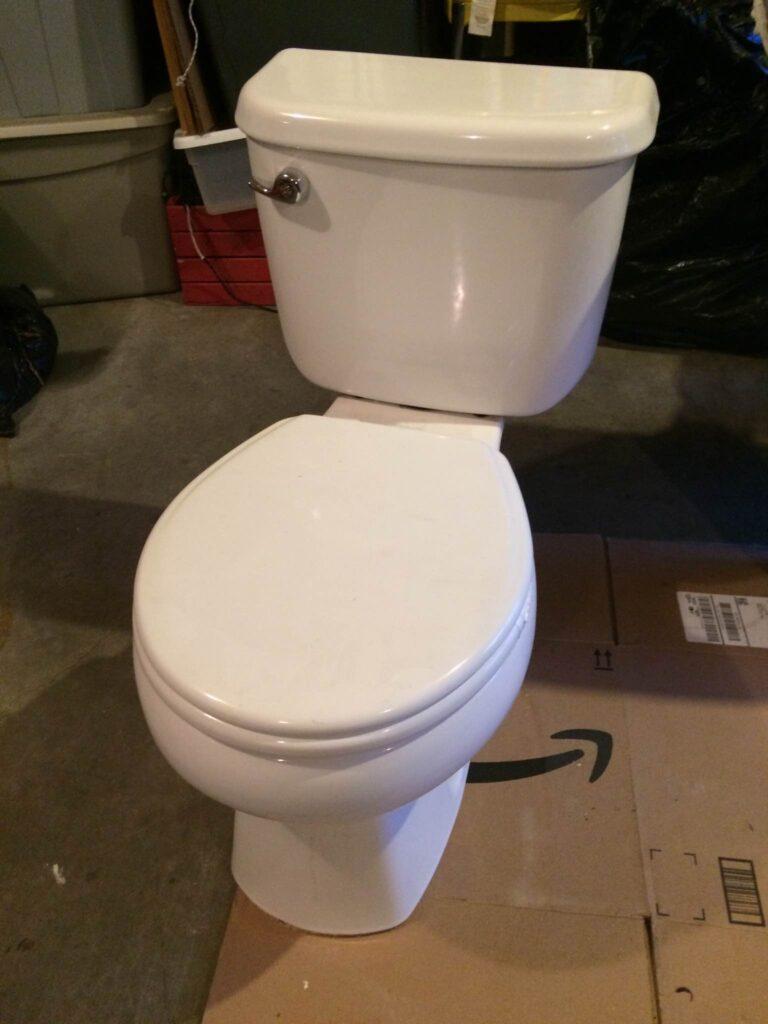 broken toilet seat
