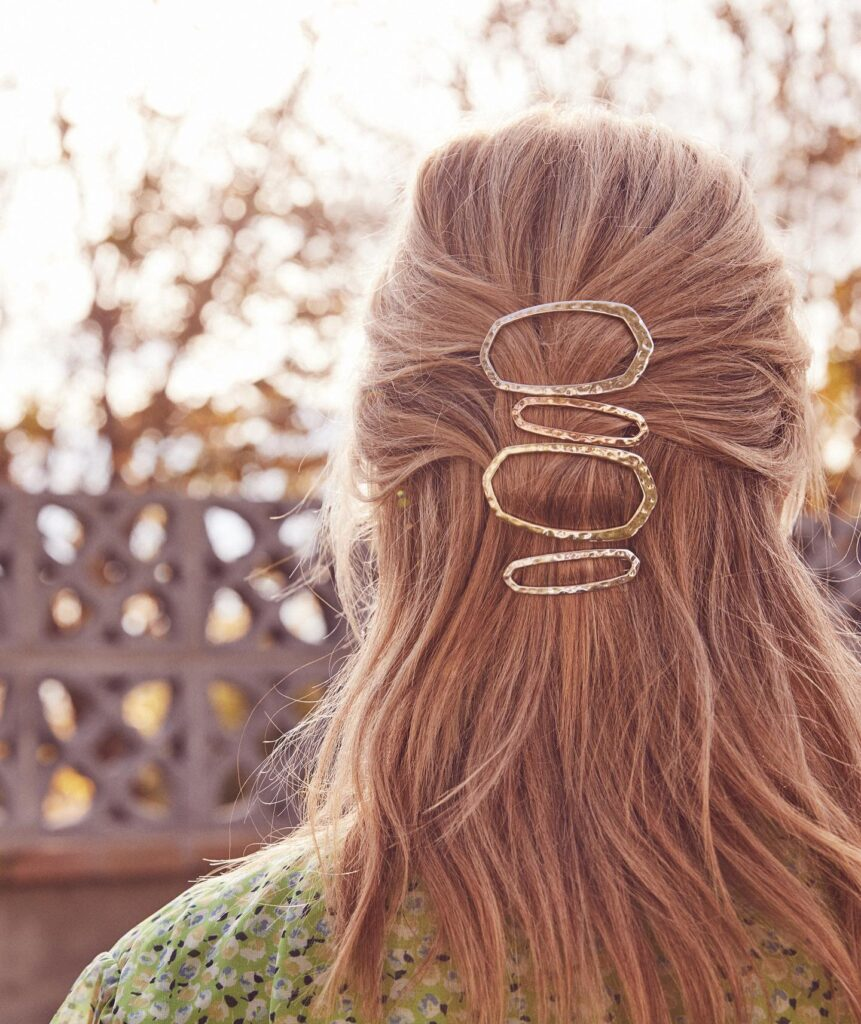 How to make hair barrettes