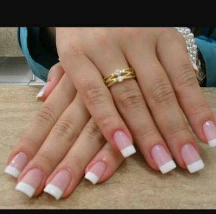 How to strengthen nails naturally
