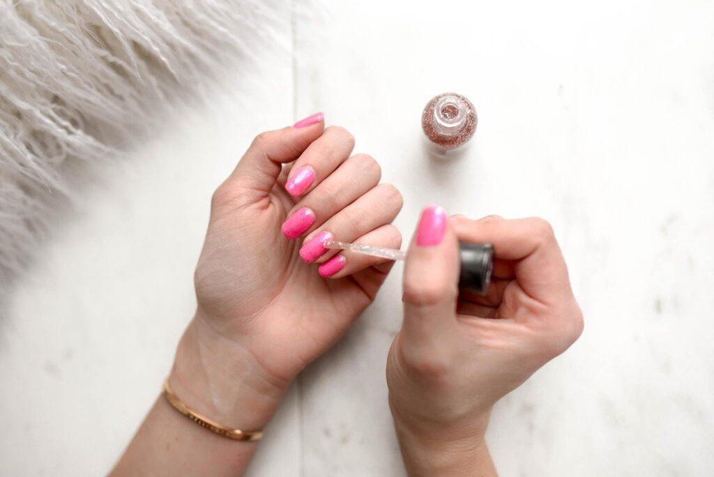 Nail Polish Gooey, Thickened Nail Polish, Tips to store Nail Paint
