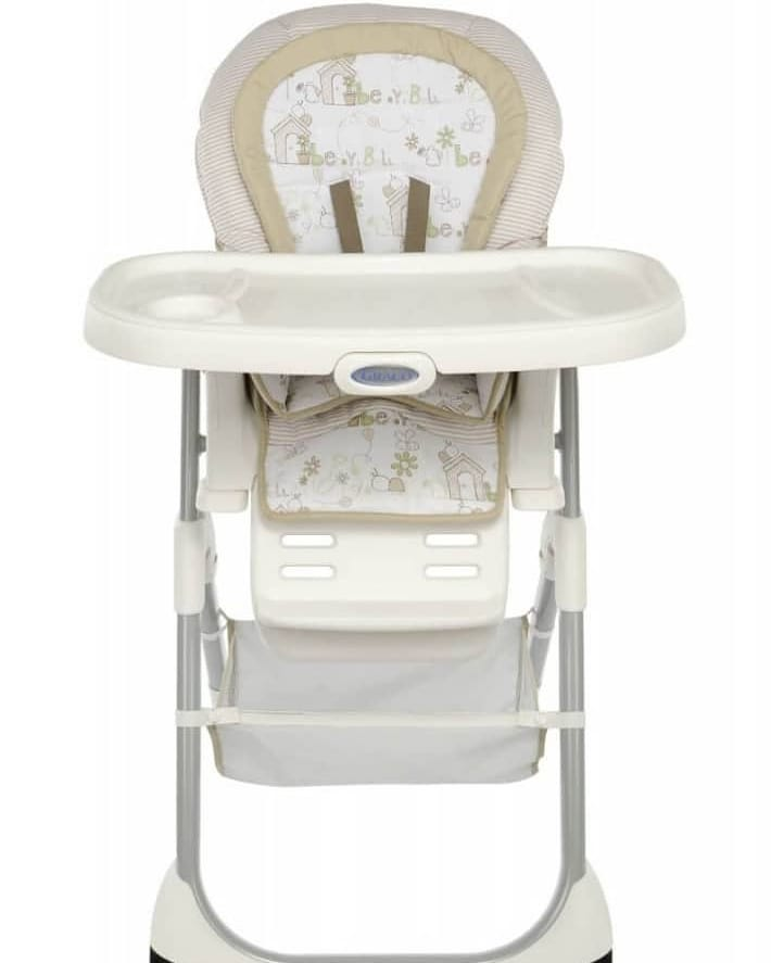 How to clean up a baby's high chair