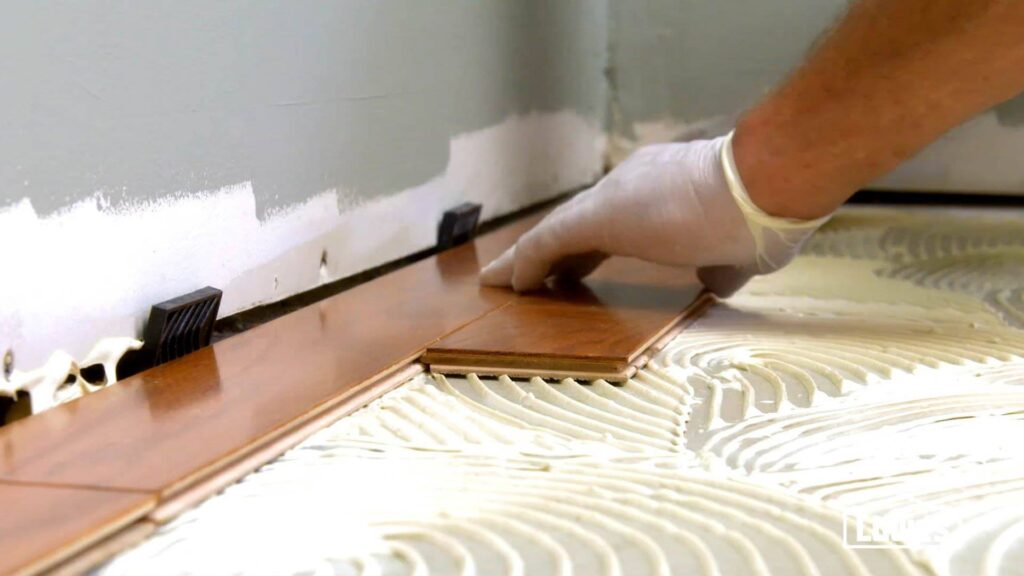 How to fix a squeaky wooden floor