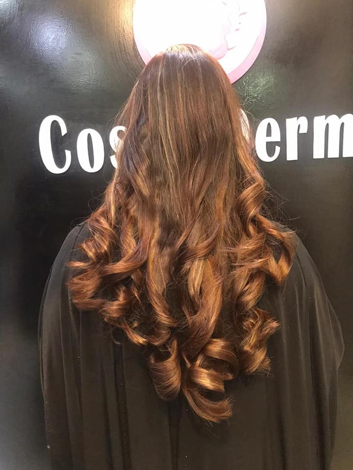 How to do your own retro-glam hair look